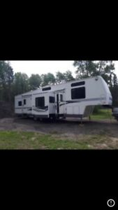 2004 Terry Quantum 37.5 ft 5th wheel camper trailer