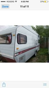 Camper for sale it's in Ontario make a offer