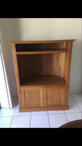TV Unit - Great To Make Into A Reptile Enclosure Glenvale Toowoomba City Preview
