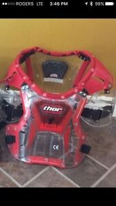 Thor youth chest protector in excellent shape. 60-100 lbs