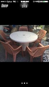 Outdoor table and chairs furniture built in esky Maroochydore Maroochydore Area Preview