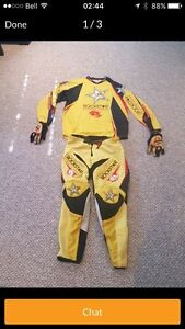 Motorcycle suit