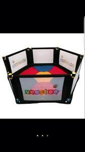 Vee bee 6 sided play pen Maddington Gosnells Area Preview