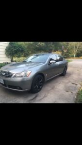 2006 Infiniti M35X AWD with technology package .