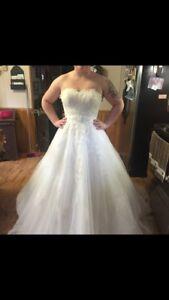 SIZE 12 NWT wedding dress