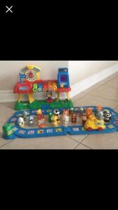 Vtech Smartville Alphabet Train Station