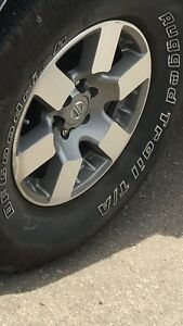 Nissan 16 inch Rims and rubber