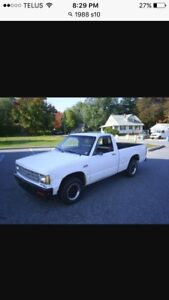 * Wanted * OLD  Reg cab S10 !!