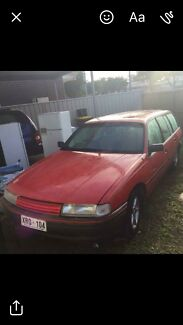 VN Commodore Executive Station Wagon Smithfield Plains Playford Area Preview