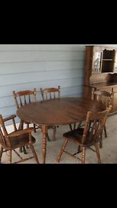 Beautiful solid pine dinning set