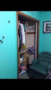 Fully furnished room quiet home Kawartha Lakes Peterborough Area image 3