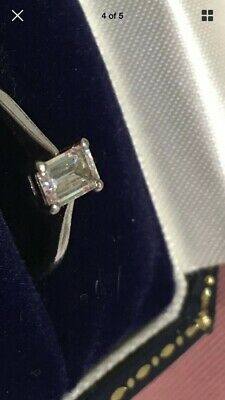 EMERALD CUT SOLITAIRE DIAMOND ENGAGEMENT RING 0.31CT PLATINUM BAND