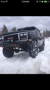 Off-road jimmy mud truck