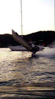 Se-al supa skua , perfect trailer and outboard