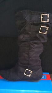 Flat high boots Adamstown Heights Newcastle Area Preview