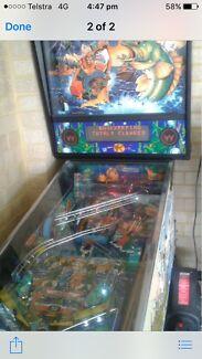 Pinball Machine FISH TAILS