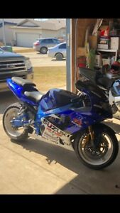 2001 Suzuki GSXR 1000 **ONLY 10900kms** Possible Trades