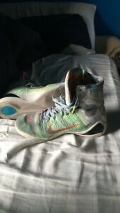 """Kobe 10 """"what the"""" size 10"""