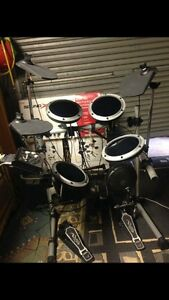 FOR SALE: Electronic drum kit Alfredton Ballarat City Preview