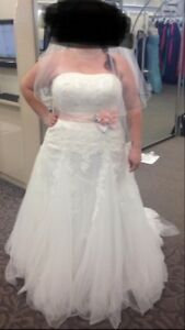 Size 20 Wedding Dress new with tags