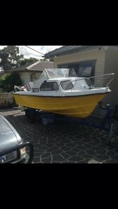 16 ft half cabin boat with Johnson 70 Blacktown Blacktown Area Preview