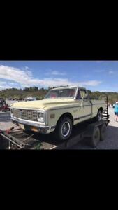 WANTED 67-72 CHEVY short bed 2wd fleetside C10