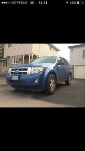 2009 FORD ESCAPE AWD XLT FIRST OFFER TAKES IT PRICE DROP