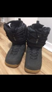 Airwalk Snowboard Boots (size11)