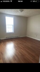 Union St- spacious 2 bedroom unit available immediately! $695