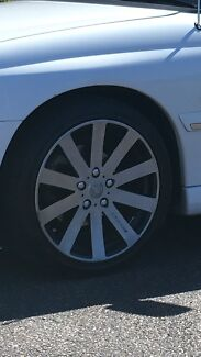 18 inch wheels to suit commodore up to VZ