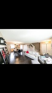 Beautiful FULLY finished Duplex in the Hamptons!!!