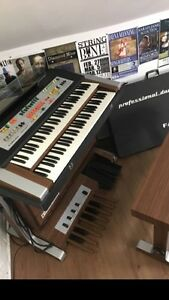 Farfisa professional duo organ