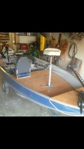 Princecraft  fishing boat