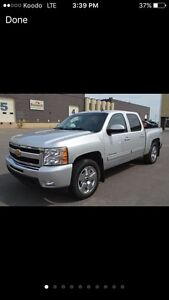 2010 Chevy 1500 6..2 L  EXCELLENT CONDITION !!!