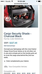 $60 Ford Escape trunk security shade cover & floor mat Oakville / Halton Region Toronto (GTA) image 3