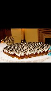 Maple syrup wedding favour