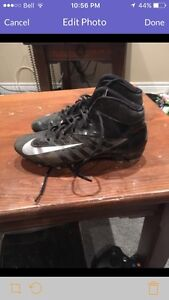 Size 9.5 Nike cleats