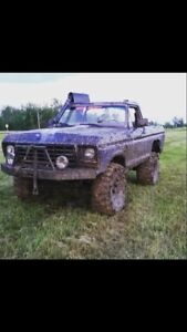 Ford Bronco mud truck