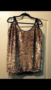 Amazing 1X Transitions Sequin Party Top