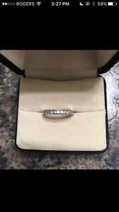 Silver Ring band with real diamonds - size 4.5