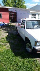 Wanted- car hauled fr/north  Dakota to Winnipeg EASY MONEY !