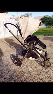 Mamas and Papas Mylo pram with accessories  Swansea Heads Lake Macquarie Area Preview