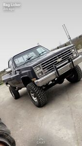 Mint 1986 lifted chev