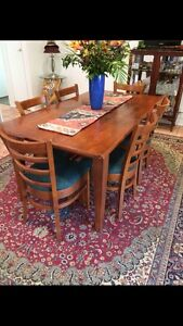 Dining table & 6 chairs Pomona Noosa Area Preview