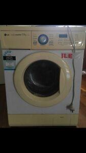 Bargain LG 7.5KG Intellowasher Front Loader Washing Machine Labrador Gold Coast City Preview