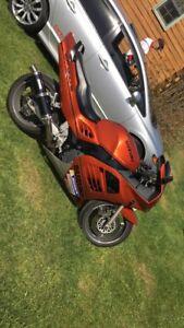 1994 Suzuki RF900R + gear