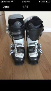 Nordica Adult ski boots