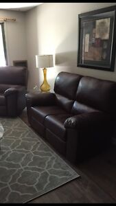 Fully furnished (Forest Grove) 1 bedroom condo