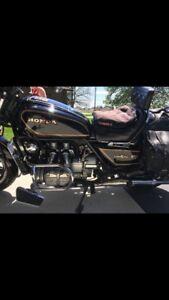 92 Honda Gold wing $2500 or best offer