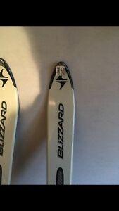 Skis --Brand New London Ontario image 2